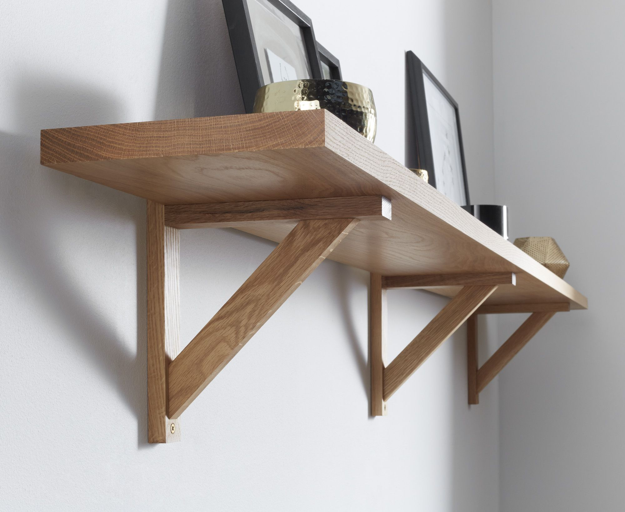 Solid Oak Wall Shelf 32x220mm Traditional Oak Brackets